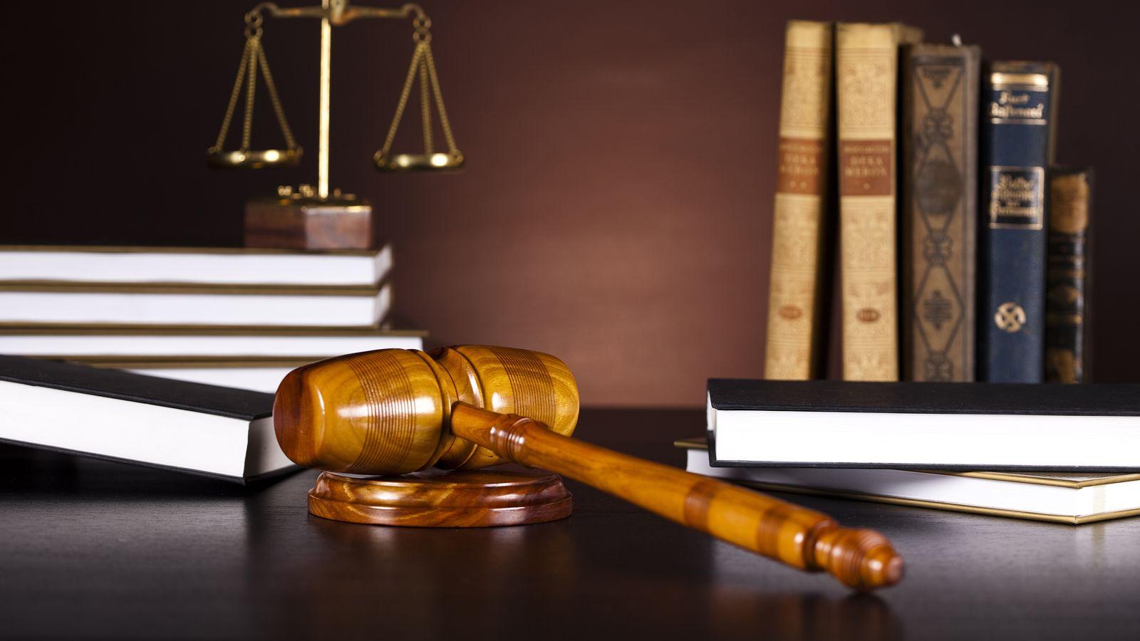 Αυτήν τη στιγμή προβάλλετε Επιχορήγηση αυτοαπασχολούμενων δικηγόρων